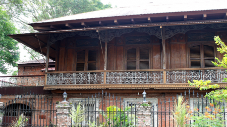 The Depiction of the Past – Casa Mariquit Ancestral House