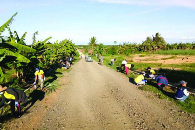 Over 1K Brgys in Iloilo Celebrate the Importance of Community Cleanup